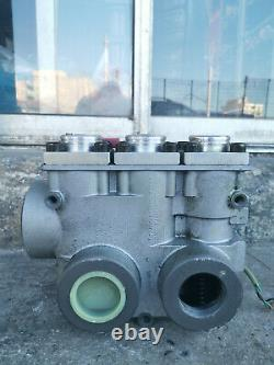 Blain Hydraulics Model EV-100 Control Valve Elevator (Untested For Parts Repair)