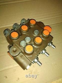 Cross Hydraulic Control Valve 4Z0009 Triple Spool