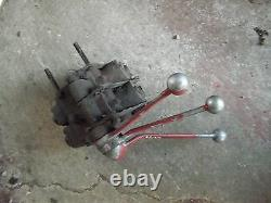 Farmall 300 350 400 450 tractor hydraulic 2 valves behind dash 3 control levers