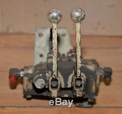 Gresen hydraulic control valve # 2702 two spool four way tractor part loader