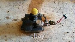 John Deere 2500 Greensmower Hydraulic Actuated Control Valve TCA15175