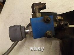 John Deere F 735 Hydraulic Control Valve and Lift Lever