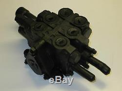 Kubota LA1301S Series Hydraulic Control Valve 7556861010