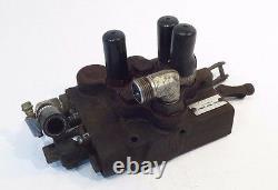 OEM John Deere HYDRAULIC CONTROL VALVE AM100282 fits F910 F911 F912 F915 F925
